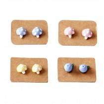 Lovely Stud Earrings for Little Girls Cute Kids (4 Pairs/ Plastic Ear Pin)