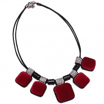 Retro Fashion Choker Necklace Pendant Choker Necklace Red Suede Pendant