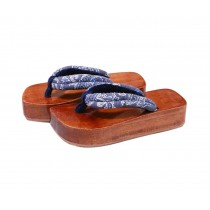Japanese Style Wooden Clogs Womens Geta Sandals Grey and White Pattern Platform Shoe