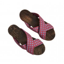 Womens Wooden Clogs Casual style Sandals Breathable Indoor and Outdoor Red wine Pattern